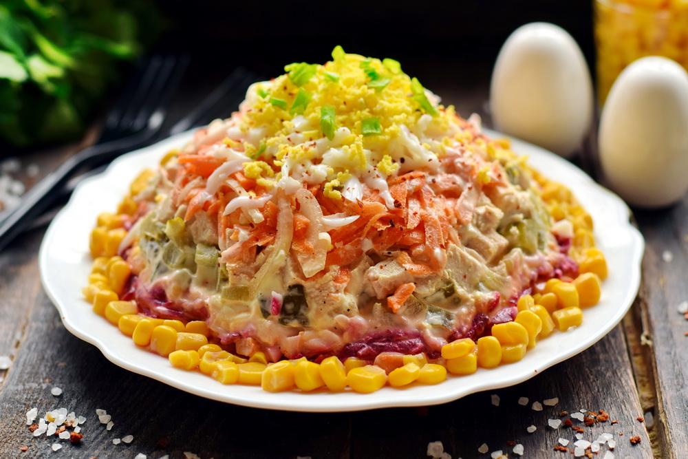 рецепт салата шляпа с фото останавливаются том